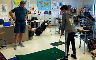 Middle School Physical Education Teacher Adds Golf to the Curriculum