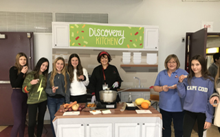 Discovery Kitchen Comes to BMS After Success at Todd